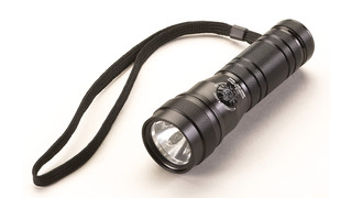 Multi Ops 3AAA C4 LED flashlight