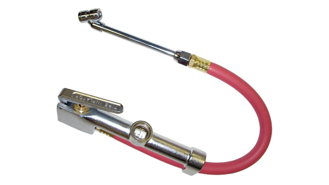 Dual-head chuck tire inflator gauge