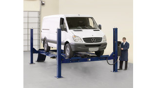 Four-Post Lift for Mercedes-Benz, No. 4PMB